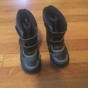 Other - Size 8 Snow Boots